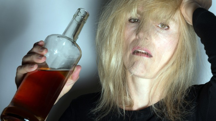alcoholic-woman-731x411
